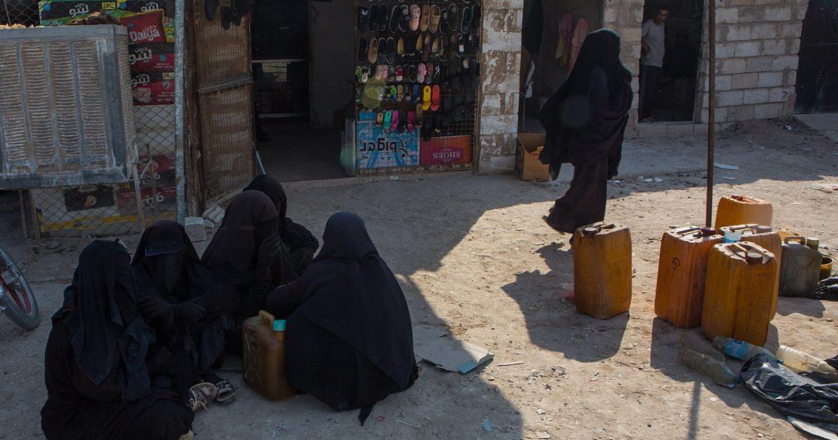 Het kamp Al-Hol in noord-Syrië, waar veel IS-vrouwen gevangen zitten Y. Boechat (Voice of America)