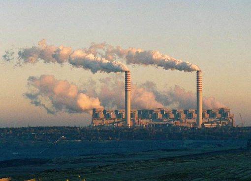 De energiecentrale in het Poolse Belchatow ©Peter Stefek/Wikimedia